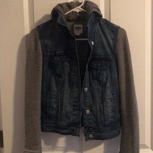 Old Navy Jean jacket with fabric sleeves.